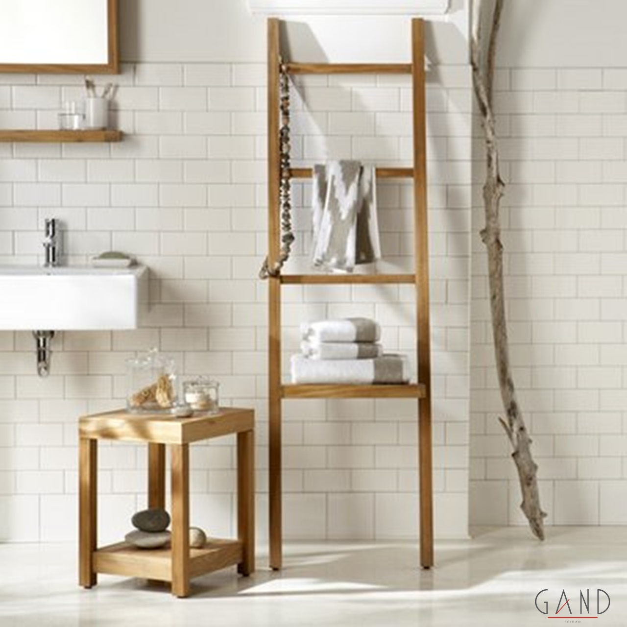 bath and lader